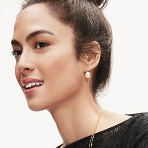 ANIKA PEARL DROP EARRINGS